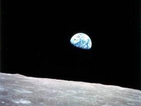 美国正式宣布重返月球:这次玩儿真的?