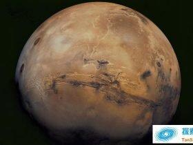 科学家发现火星上有多个地下湖泊的证据