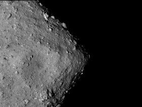 最新研究:龙宫小行星聚集形成之前失去大量水分