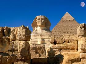 这些巧合的数字让胡夫金字塔一直令人着迷,而不是基建方式。