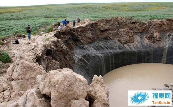 要爆炸了!西伯利亚苔原地下发现7000个气泡