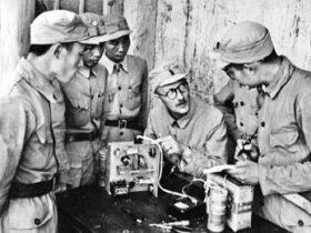 """英国人林迈可像白求恩那样投入中国抗战,让""""延安声音""""传向世界"""